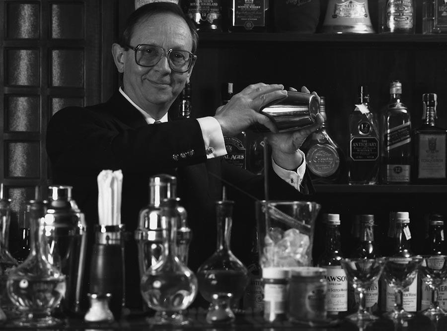 """Fotos del libro de memorias de Josep Victori """"Memorias de un Barman de cabecera"""""""